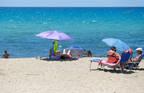 Die Regelungen von 27 europäischen Urlaubsländern: Auswärtiges Amt rät von Reisen nach Barcelona und die Costa Brava ab