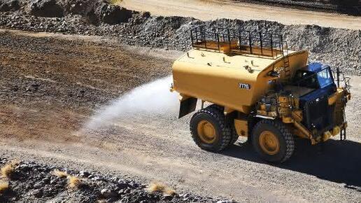 Wasser-Tankwagen: Staubentwicklung reduzieren